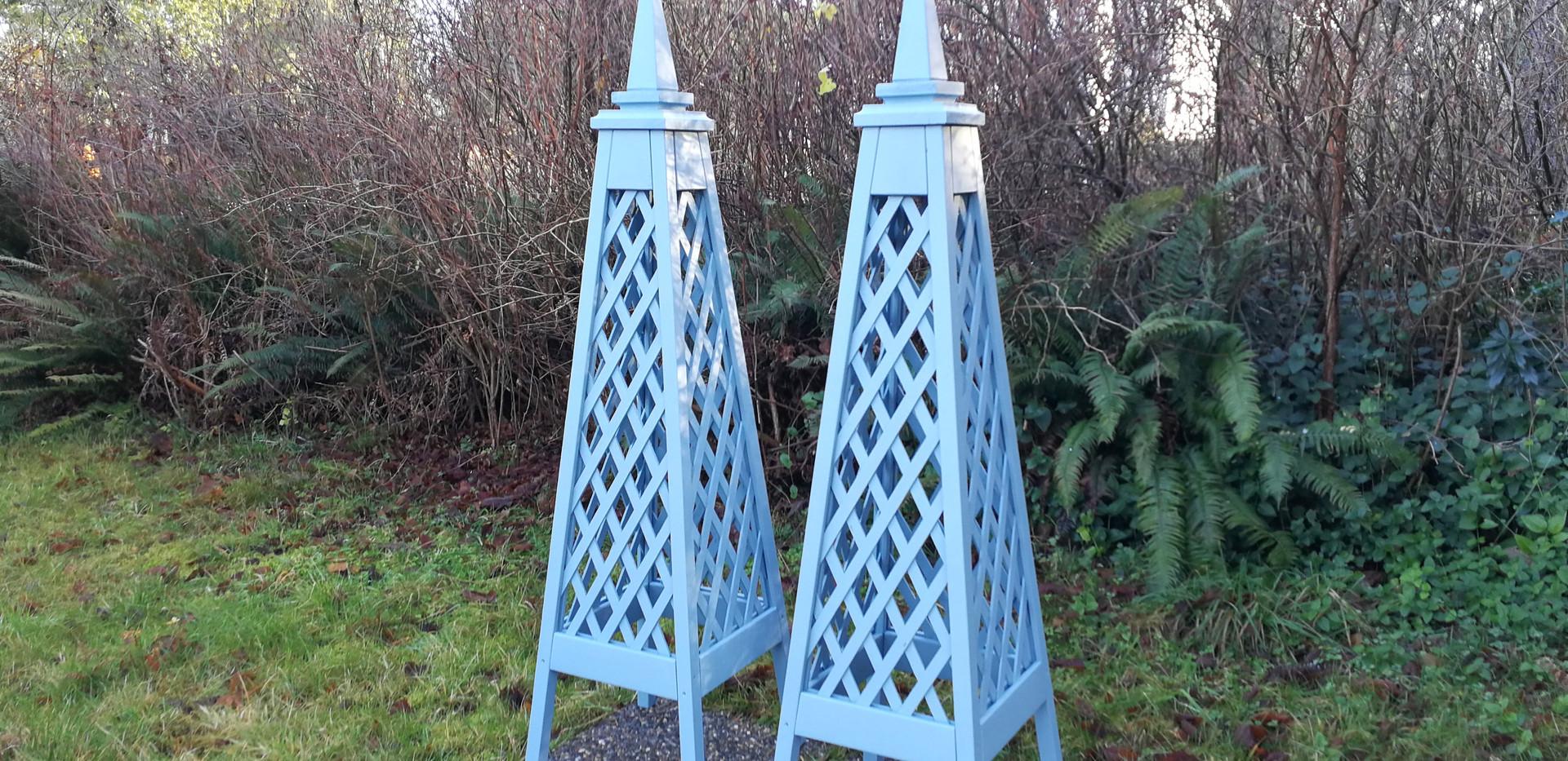 6' Diamond Trellis Obelisks