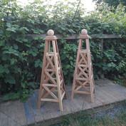 5' Cedar Criss Cross Obelisks