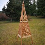 8' Diamond Trellis Obelisk