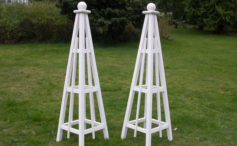 5' Pine Obelisks with Solid White Stain