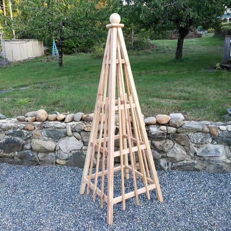 6' Obelisks