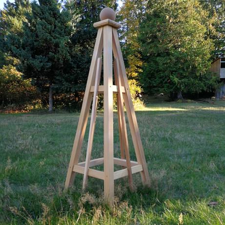 4' Cedar Obelisk, Sphere Finial