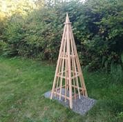 6' Cedar Obelisk, Spire Finial with 3 Vertical Mid Bars