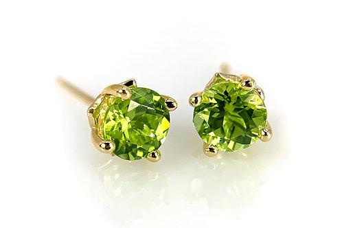 14KY Peridot Stud Earrings