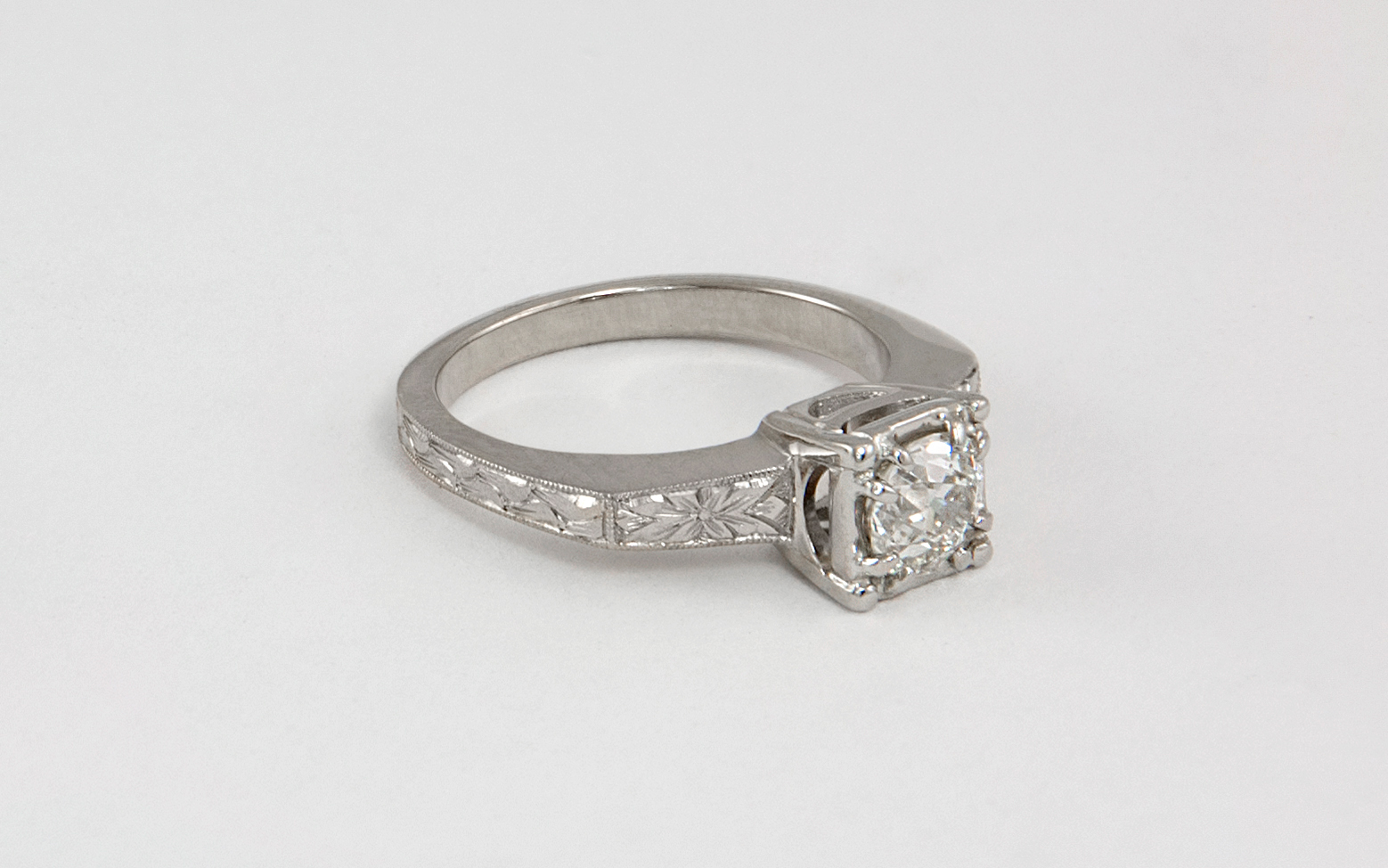 18KW Hand Engraved Diamond Engagement Ring