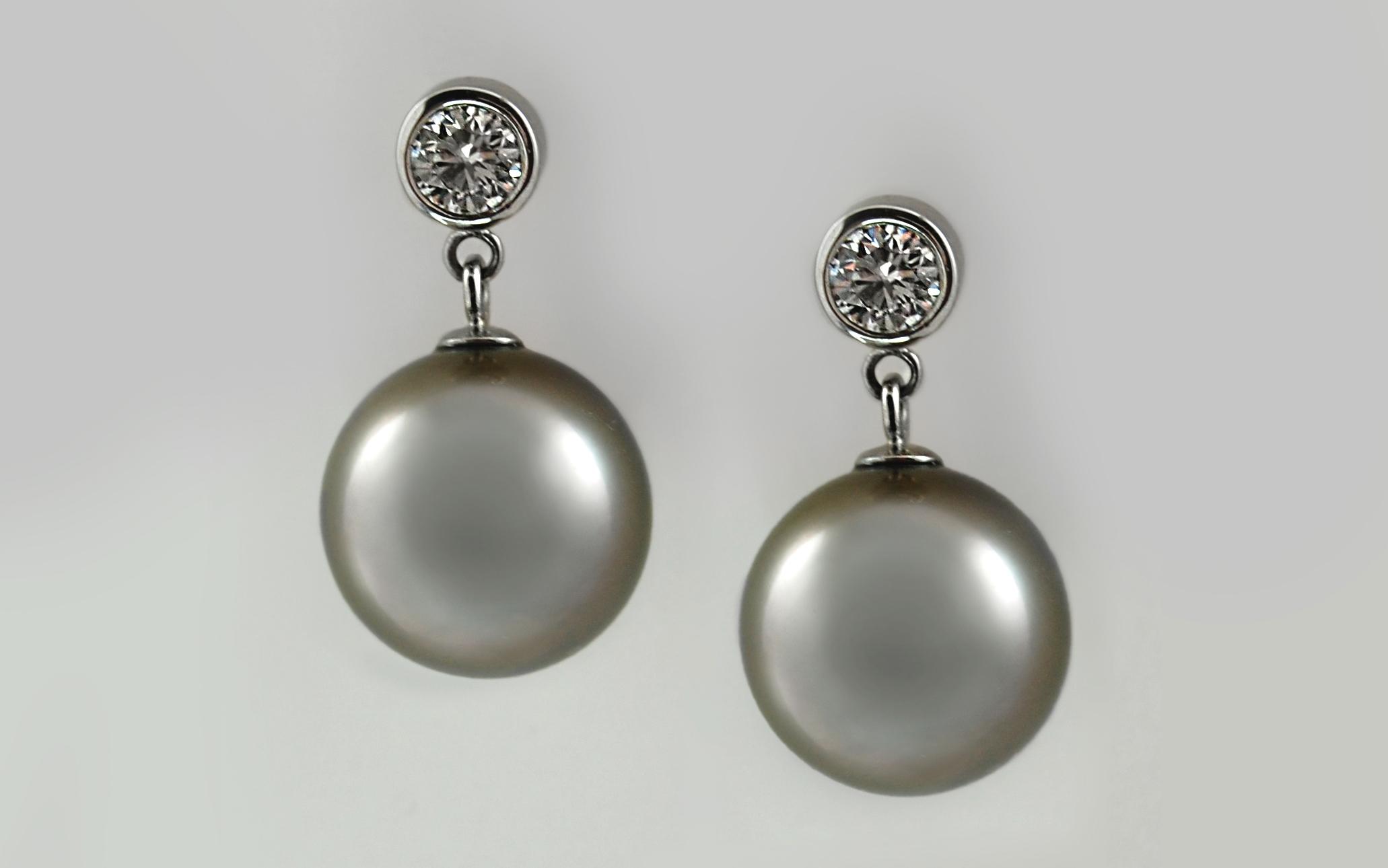 Tahitian Pearl & Bezel Diamonds
