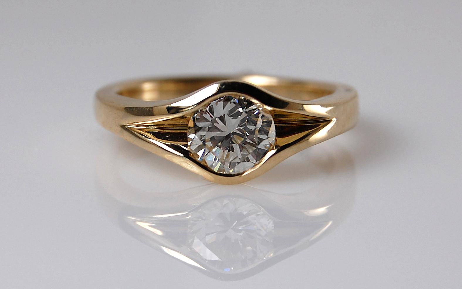 1.01 carat Bezel Style