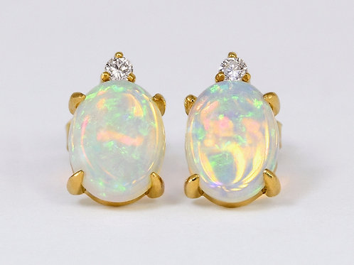 14KY Opal Earrings with Diamond
