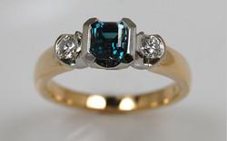 Two Tone Alexandrite & Diamond