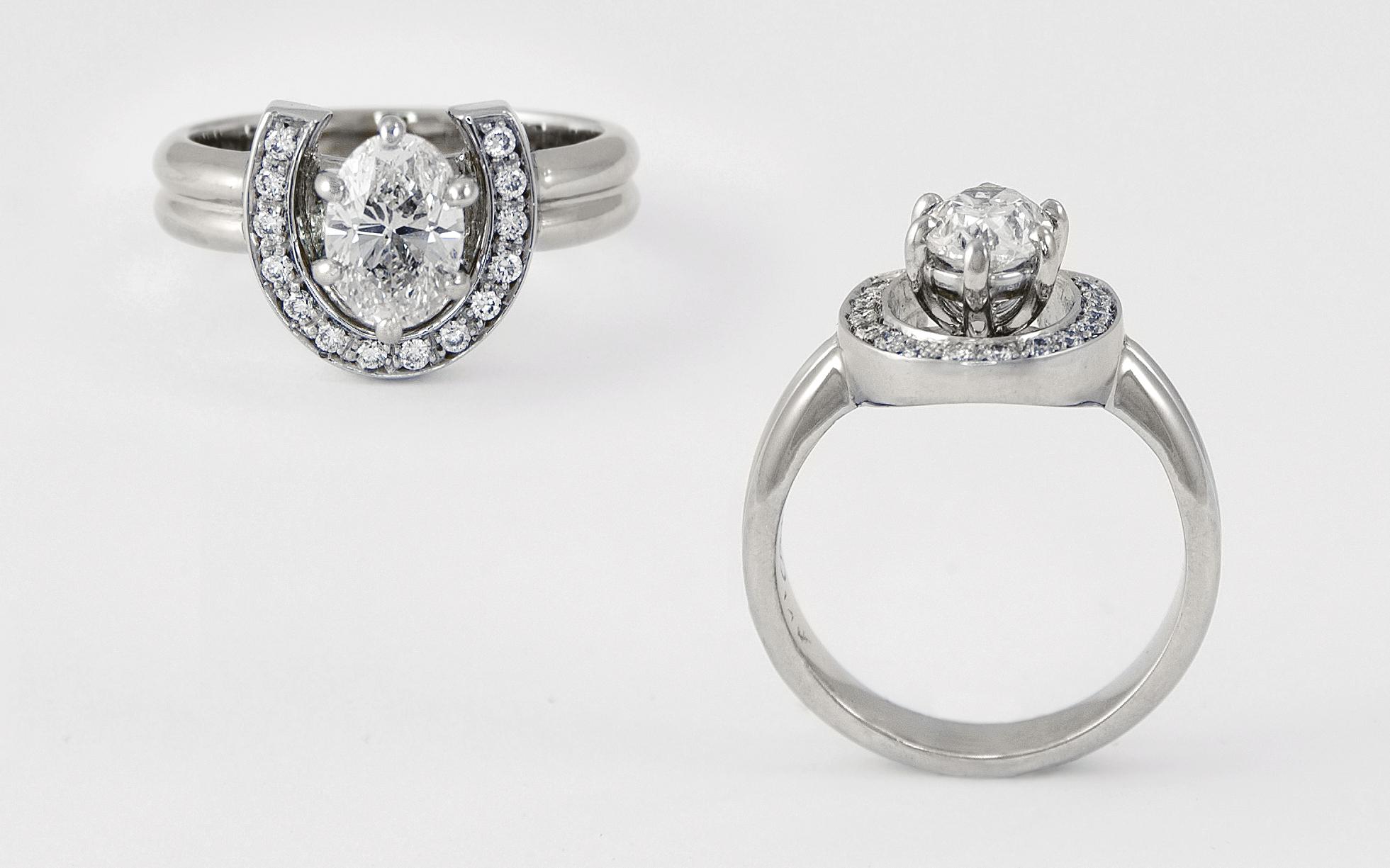 1 carat oval Diamond Horseshoe Ring