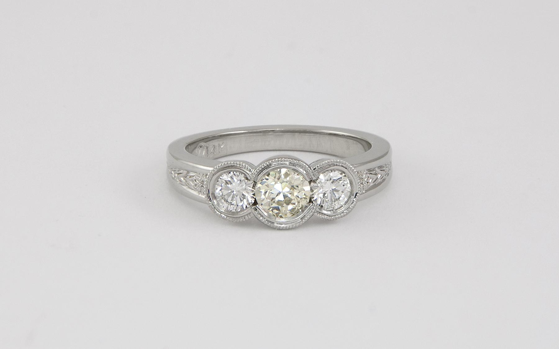 14KW Custom Diamond Ring Mounting