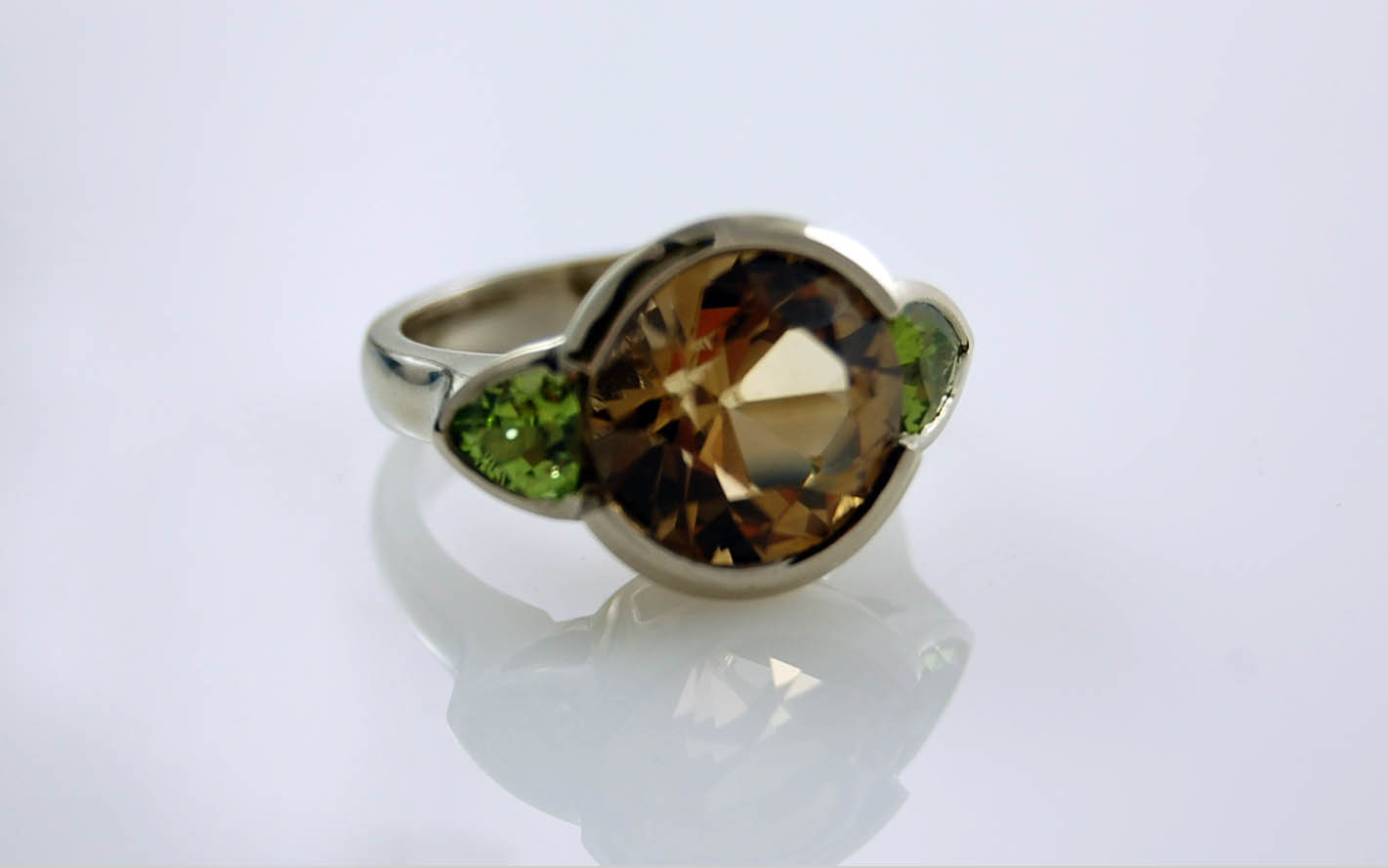 11.5mm Smokey Quartz & 5mm Trillion Peridot
