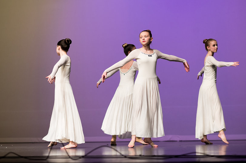 dancers-lyrical-in-white-costumes