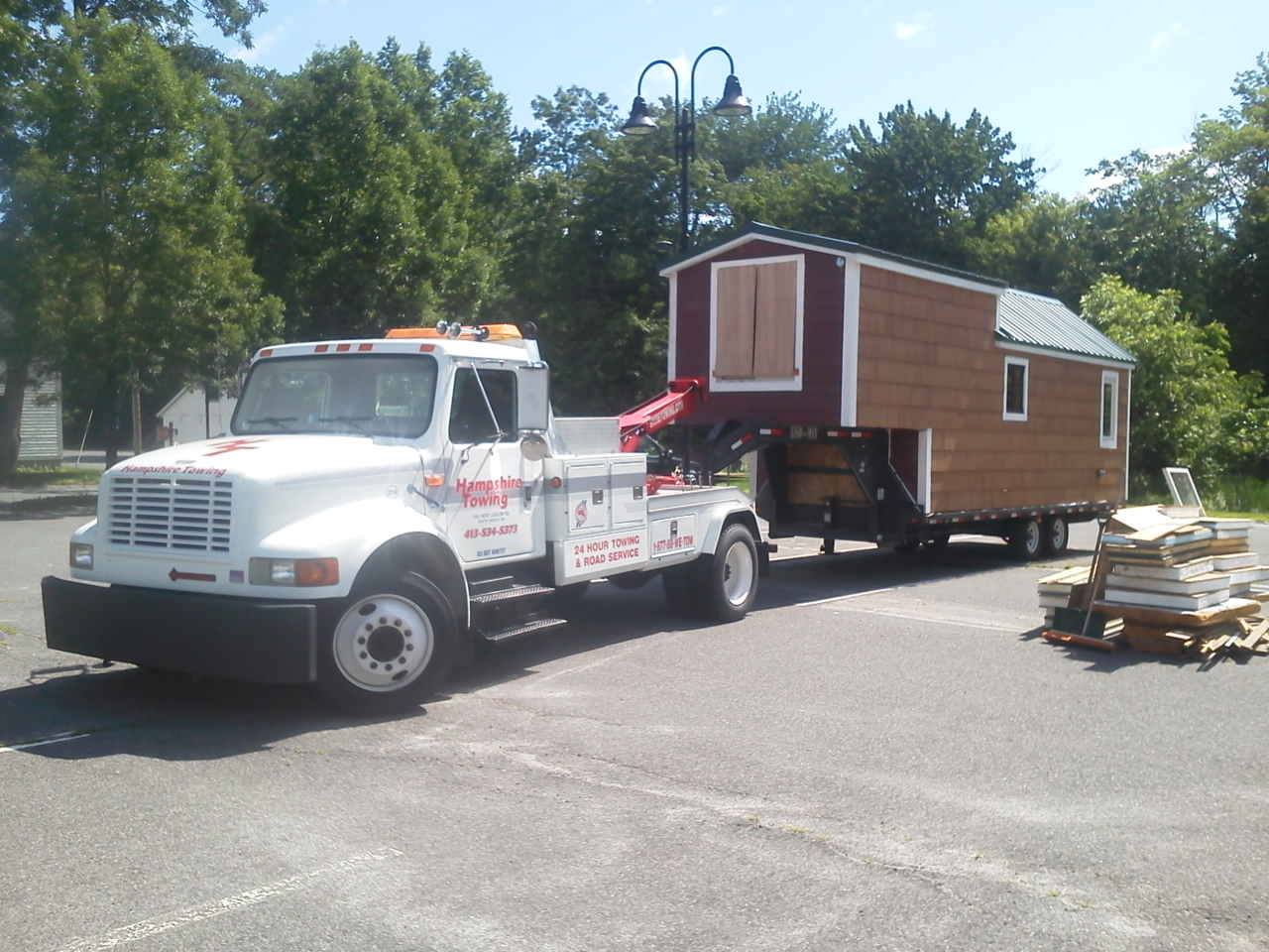 Hampshire Towing - Small House Tow
