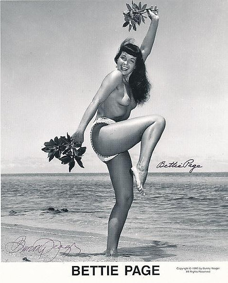 Bettie Page Autographed Bunny Yeager 8x10 1950s Pin-up Photo 013