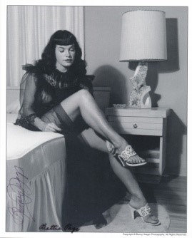 Bettie Page Autographed Bunny Yeager 8x10 1950s Pin-up Photo 039
