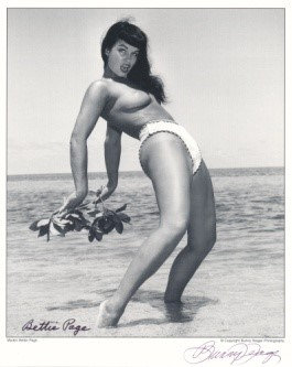 Bettie Page Autographed Bunny Yeager 8x10 1950s Pin-up Photo 012