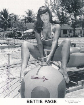 Bettie Page Autographed Bunny Yeager 8x10 1950s Pin-up Photo 048