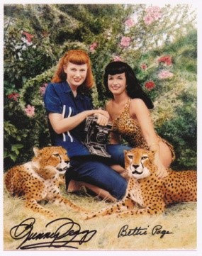 Bettie Page Autographed Bunny Yeager 8x10 1954 Cheetah Photo 038