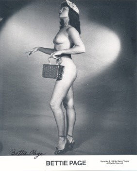 Bettie Page Autographed Bunny Yeager 8x10 1950s Pin-up Photo 032