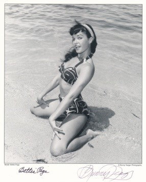 Bettie Page Autographed Bunny Yeager 8x10 1950s Pin-up Photo 044