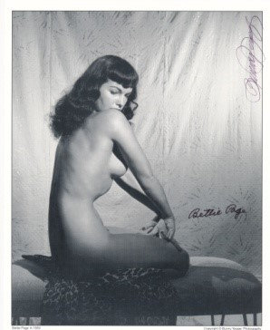 Bettie Page Autographed Bunny Yeager 8x10 1950s Pin-up Photo 007