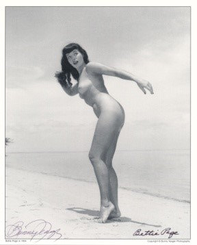 Bettie Page Autographed Bunny Yeager 8x10 1950s Pin-up Photo 025