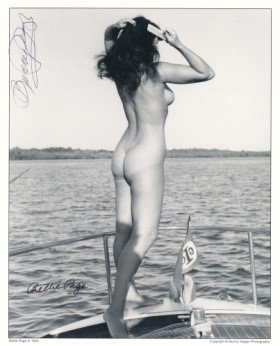 Bettie Page Autographed Bunny Yeager 8x10 1950s Pin-up Photo 024