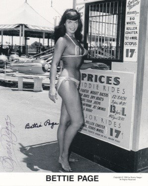 Bettie Page Autographed Bunny Yeager 8x10 1950s Pin-up Photo 046