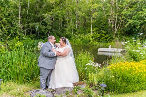 Knoll Crest Gardens wedding