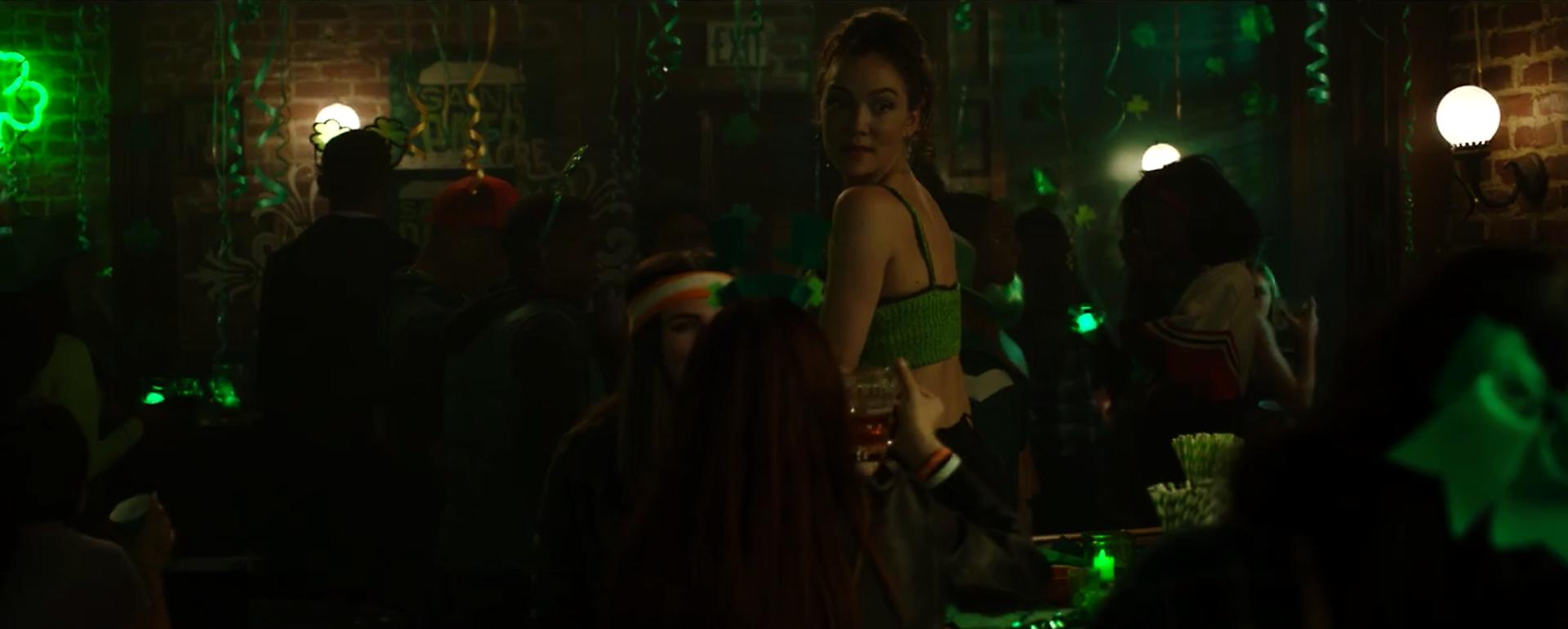 Chloe Bar.png