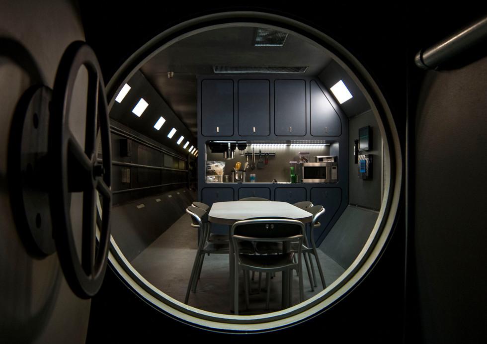3 Kitchen_1.JPG
