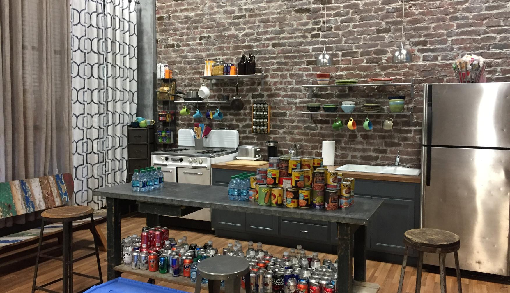 Set Photo - Kitchen