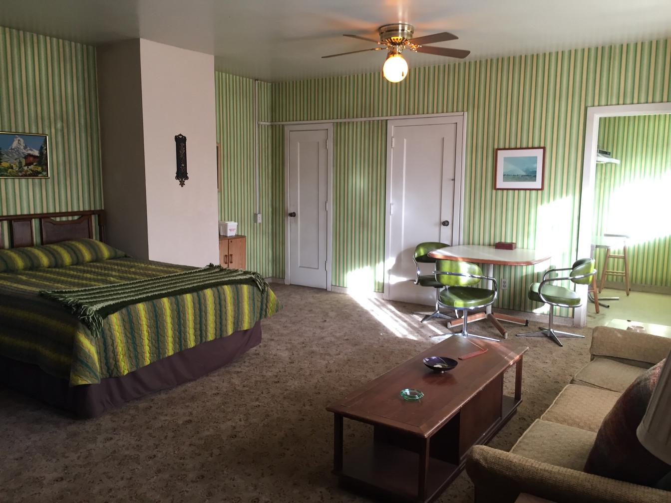 AFTER - Motel Room