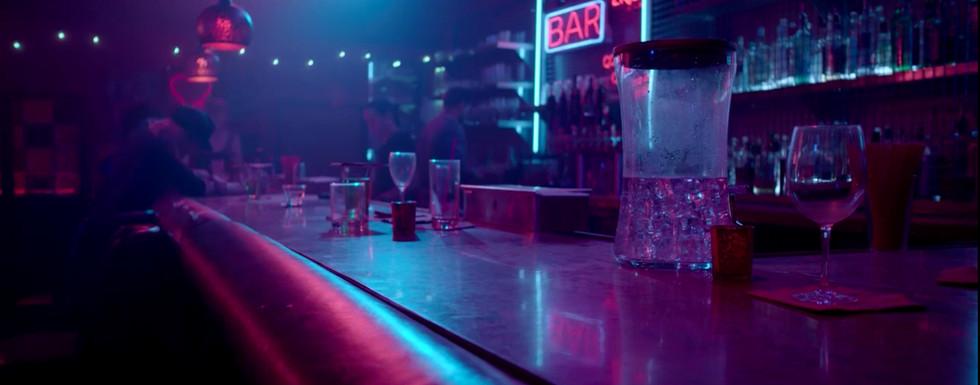 Bar CU.jpg