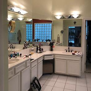 Bathroom Before2.JPG