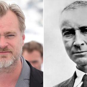 Christopher Nolan   Diretor está mirando na biografia de Oppenheimer o criador da bomba atômica