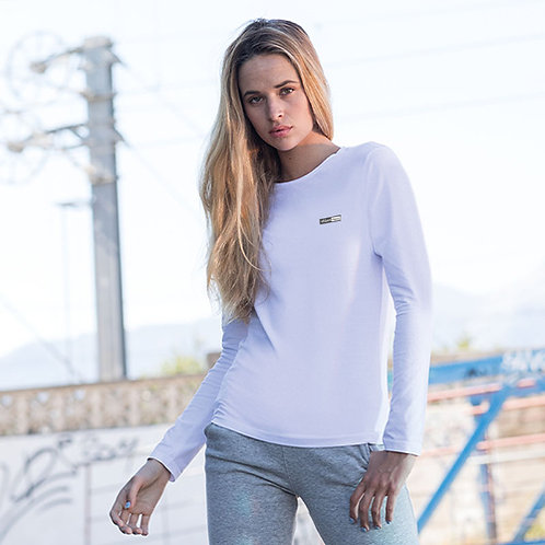Vegan long sleeve t-shirt for women in 5 colours with subtle and stylish vegan logo from Vegan Happy Clothing