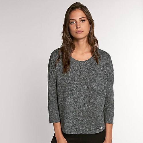 Vegan women's top with 3/4 sleeves Stella Waver Slub with subtle vegan logo from Vegan Happy Clothing