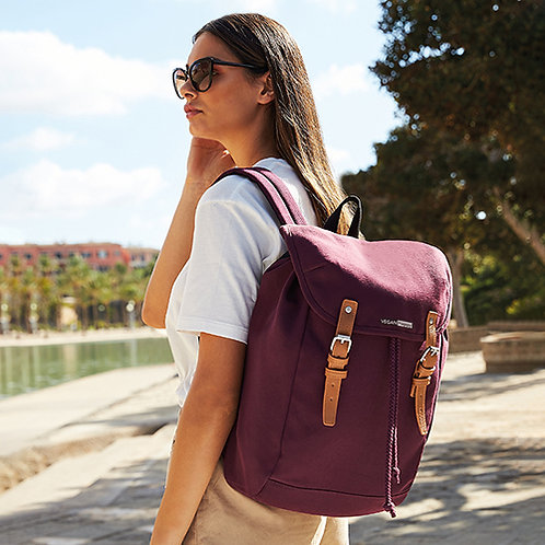 Vegan backpack with subtle vegan logo from Vegan Happy Clothing in 7 colours