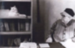 Tatar writer Amirkhan Yeniki at home
