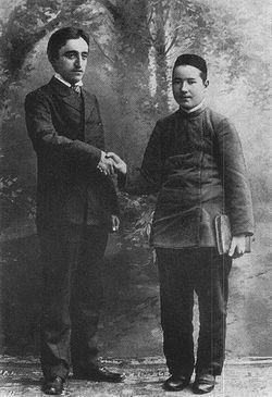 Камил Мотыйгый белән яшь Тукай, якынча 1905 ел