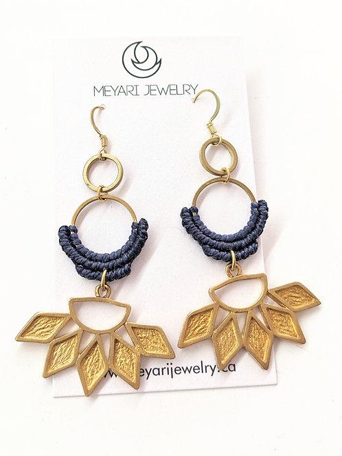 Meyari Jewelry - Blue & Brass Macrame Earrings