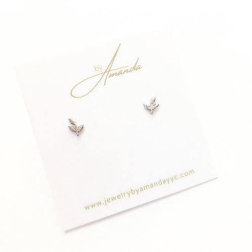 Jewelry By Amanda - Silver Leaf Studs