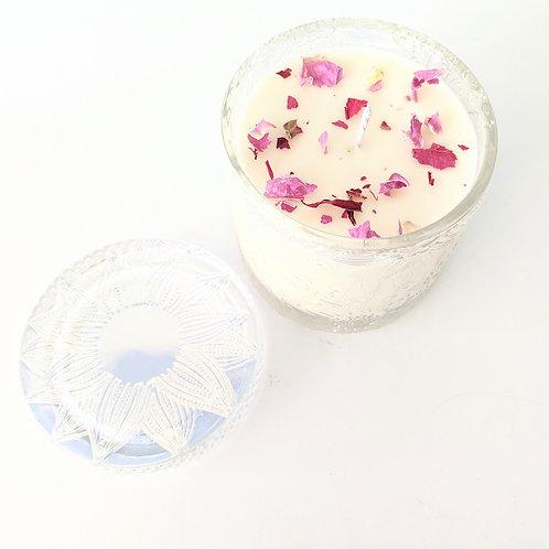 White Aura Candles - Collection de Fleurs Fresh Cut Sweet Pea Candle