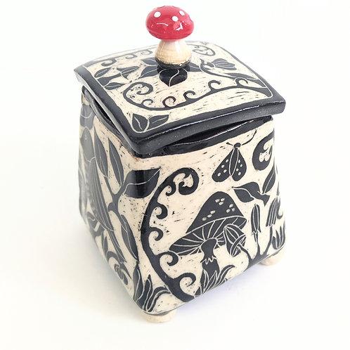 Paulina Beads - Mushroom Treasure Box