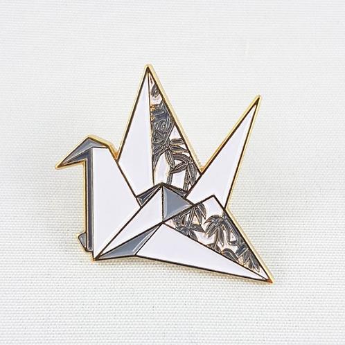 FoldIT Creations - Enamel Origami Paper Crane Pin