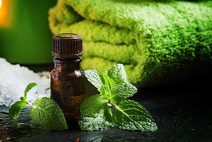 bigstock-Peppermint-Essential-Oil-In-A--