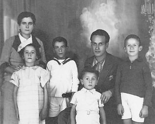 Famiglia-Luca-Panzica-1-696x558.png