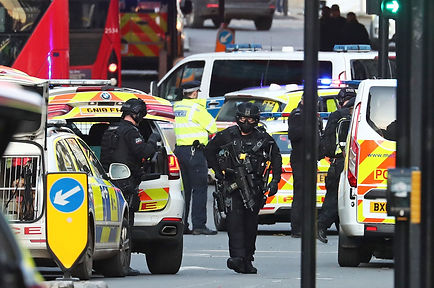 POLICE-LondonBridge-15420788jpg-JS543783